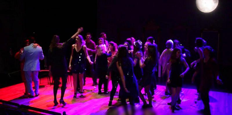 b_800_600_0_00_images_artikelfotos_januari2019_Theater_rosie_zomertrilogie.jpg